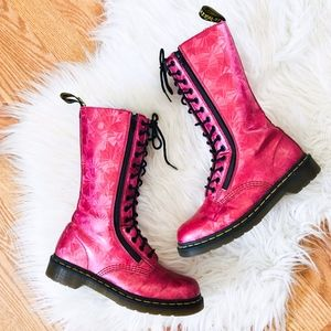 Dr. Martens Pink High Top Lace Up Combat Boots 9